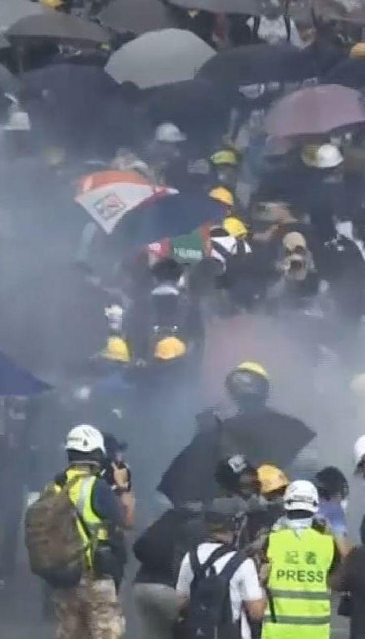 Бунтівний Гонконг: кожен сьомий житель вийшов на протести проти закону про екстрадицію