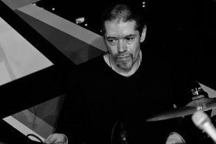 """В возрасте 54 лет умер барабанщик группы """"Машина времени"""""""