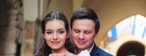 """""""Ти став для мене всім світом"""": дружина зворушливо привітала Комарова з днем народження"""