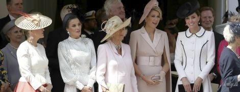 Вся королевская рать: Летиция, Максима, Елизавета II, герцогини Кейт и Камилла на церемонии
