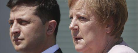 Зеленський телефоном переговорив із Меркель: про що була розмова