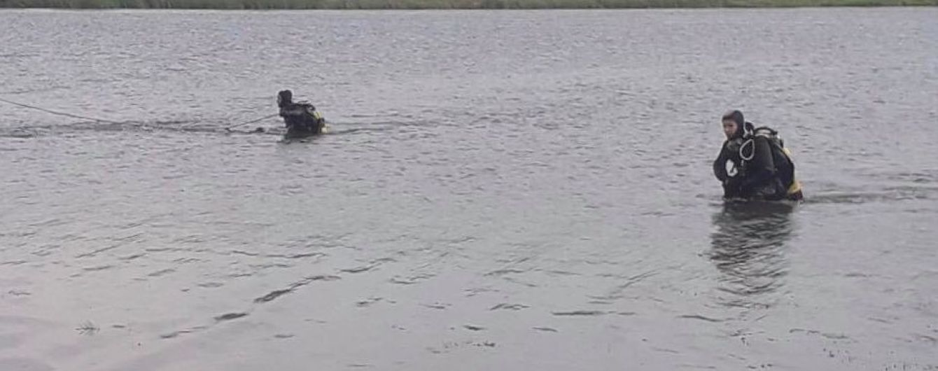 У ставку Вінницької області знайшли тіла хлопця та дівчини