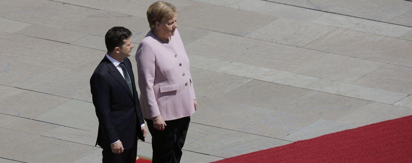 """Позиції щодо """"Північного потоку-2"""" діаметрально протилежні, але Німеччина готова до діалогу – Зеленський"""
