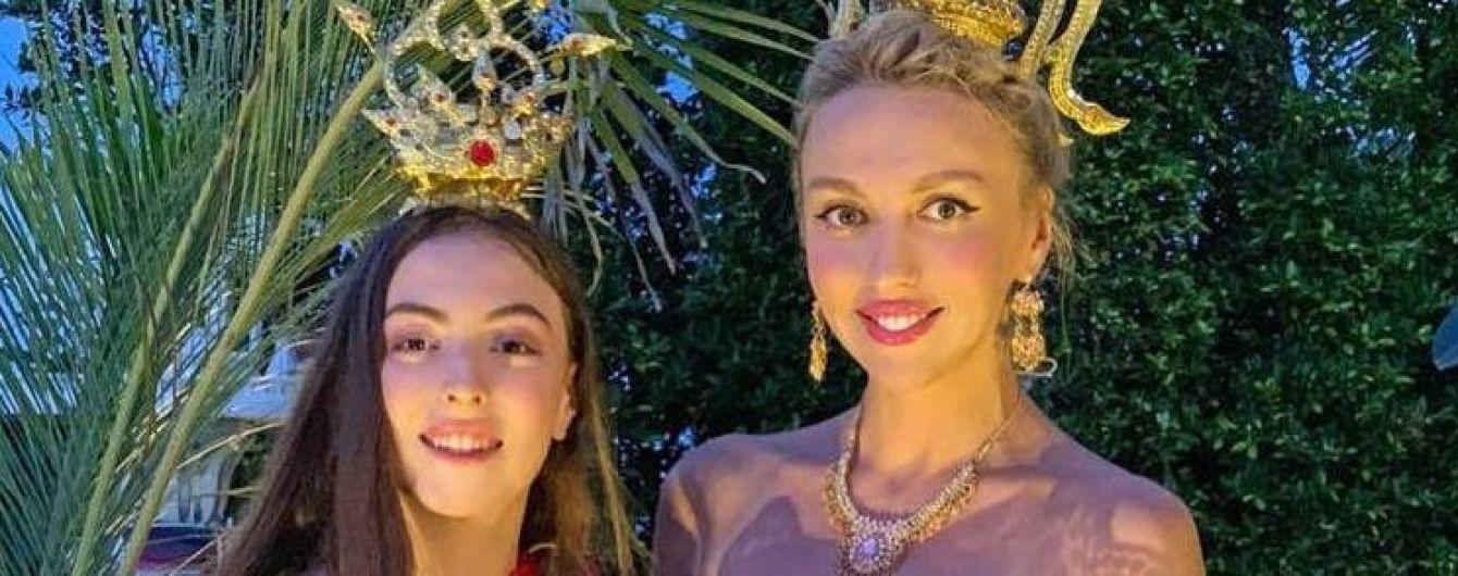 14-летнюю дочь Поляковой экстренно госпитализировали