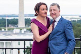 Волкер женился на грузинской журналистке