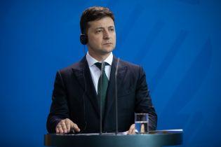 У Зеленського дописують правки до закону про люстрацію, додавши туди президента і депутатів