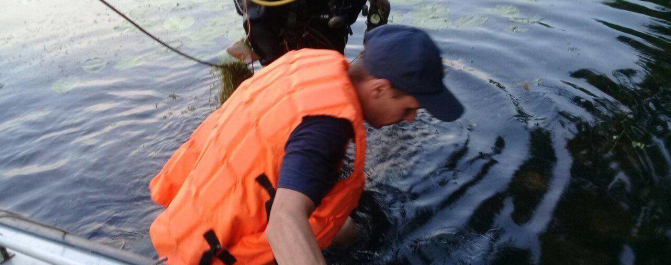 В Киеве в озере нашли труп мужчины