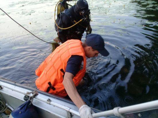 У Києві в озері знайшли труп чоловіка