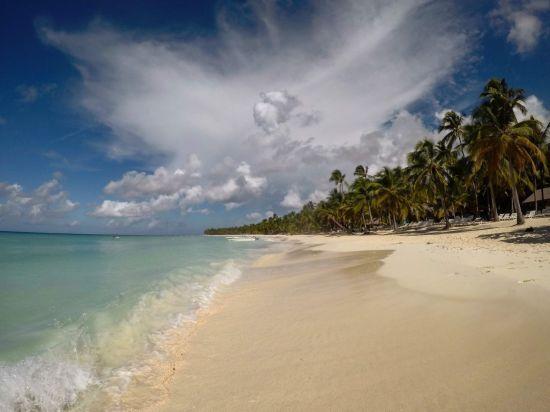 У Домініканській Республіці за дивних обставин помирають американські туристи
