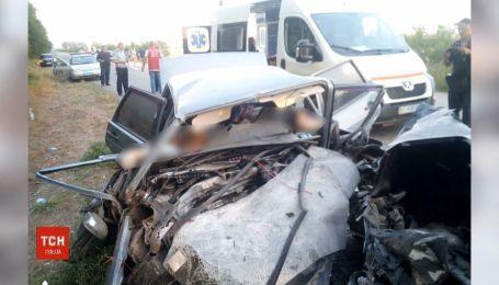 Супруги и их 9-летний ребенок погибли в результате ДТП в Херсонской области