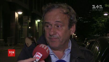Ексголову УЄФА Платіні допитували 15 годин, а опісля - відпустили
