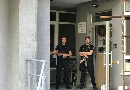 Геращенко розповів, хто був у квартирі із загиблим Тимчуком