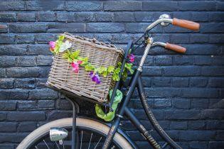 У селі на Житомирщині чоловік на моторолері застрелив велосипедиста