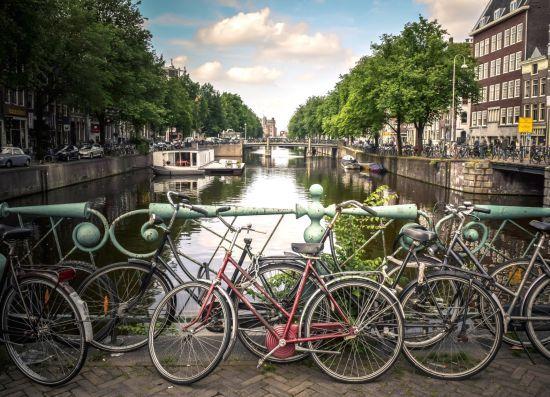 Амстердам визнано найкращим містом для велопрогулянок