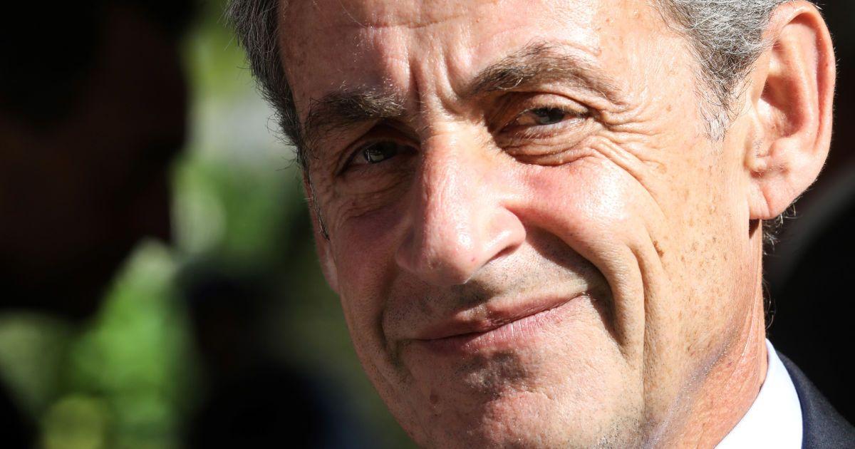 Бывшего президента Франции Николя Саркози приговорили к 1 году тюрьмы