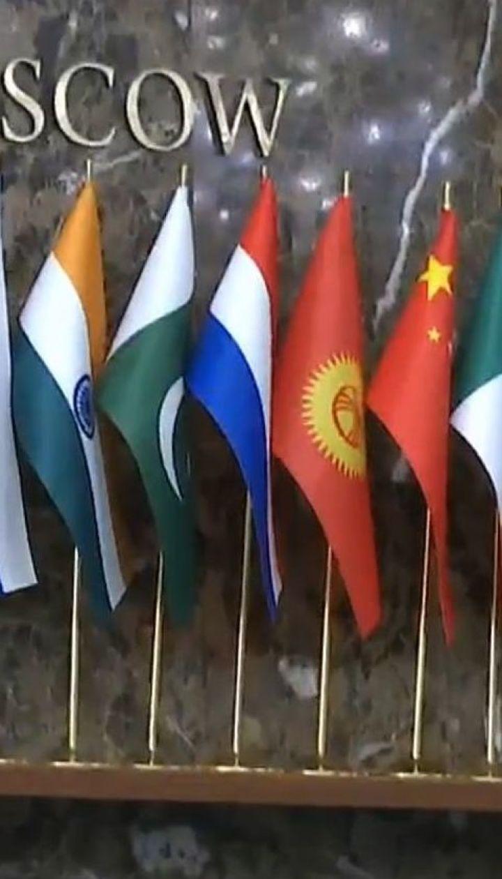 У Мінську учасники тристоронніх переговорів не дійшли згоди по жодному з питань