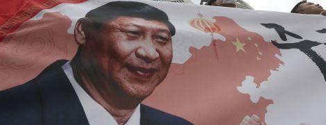 Си Цзиньпин впервые за 14 лет прибыл в Северную Корею