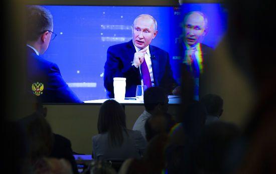 Путін розповів, що Медведчук хотів домовитися про звільнення українських моряків