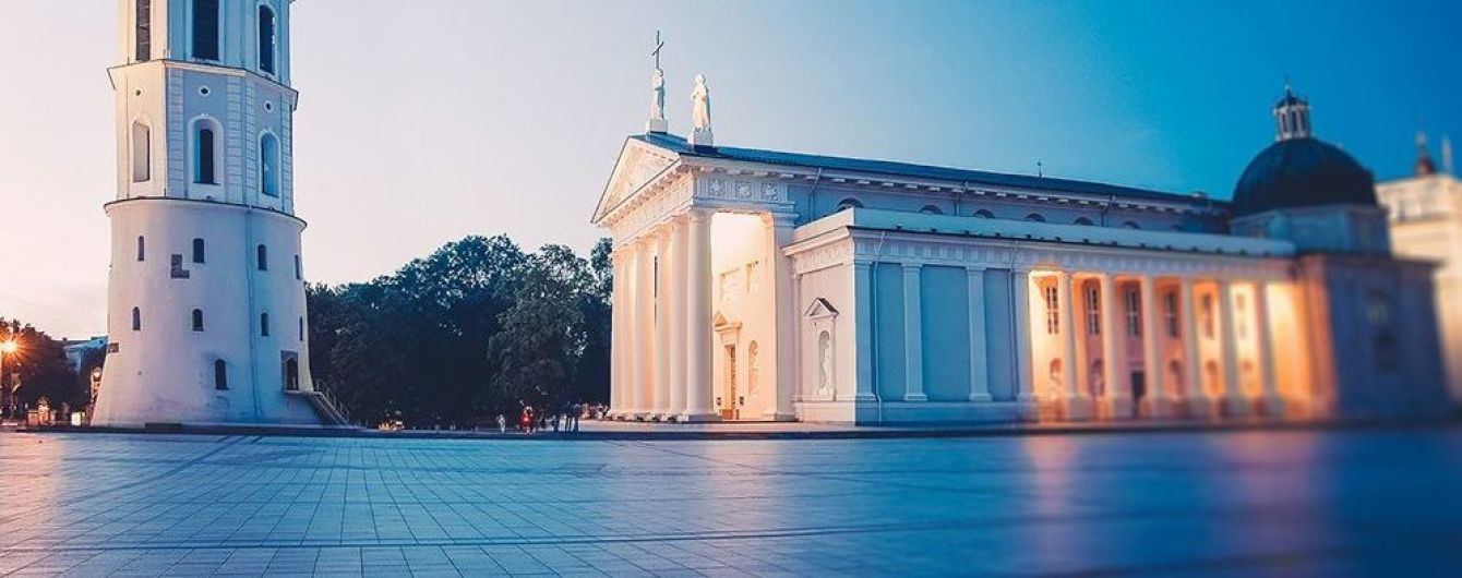 Meet a Local: мэр Вильнюса проводит экскурсии для туристов. Відео