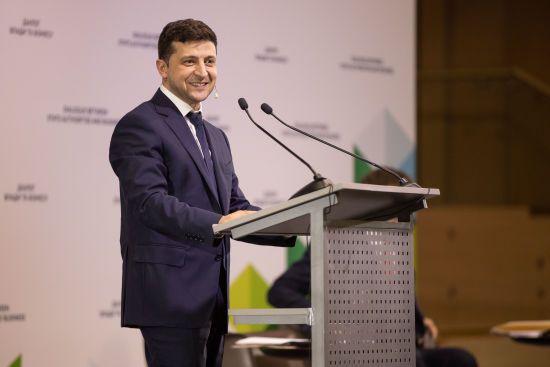 Про домовленості з олігархами, економічні ініціативи та розбудову Донбасу: головне із зустрічі Зеленського з бізнесом