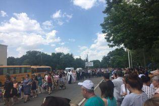 В Одесской области похоронили убитую извращенцем 11-летнюю Дарью Лукьяненко