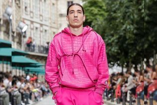 Известный футболист-модник стал моделью Louis Vuitton