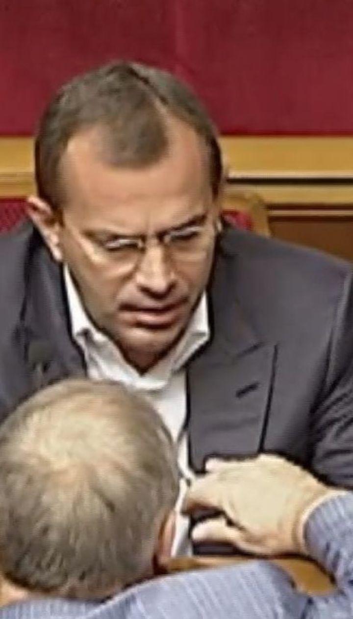 Соратник Януковича Андрей Клюев подал документы в ЦИК