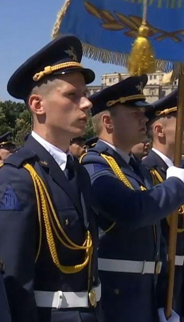 В Харькове состоялся выпуск лейтенантов университета воздушных сил