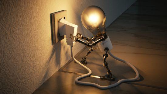 """""""Укренерго"""" попередило про можливе відключення електроенергії через спеку"""
