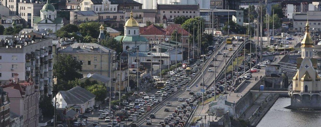 У Києві після новорічних свят спостерігаються певні затори: де важко проїхати