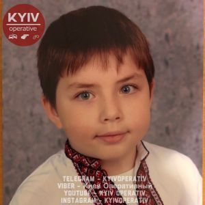 Близько 30 ударів ножем і молотком. Чоловік жорстоко вбив 9-річного хлопчика заради помсти його матері