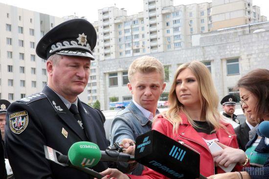 Поліцейському, який жорстоко побив активіста у Вінниці, загрожує до десяти років за ґратами