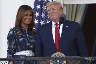 У сукні в горошок і білих човниках: витончена Меланія Трамп на пікніку