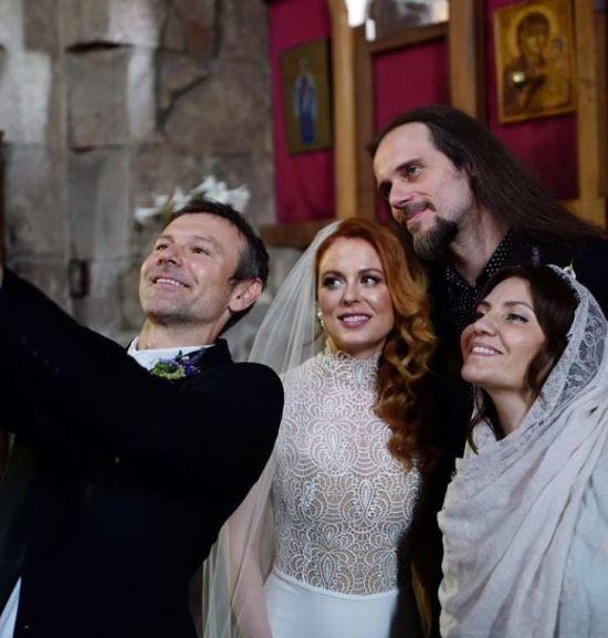Святослав Вакарчук показав, як погуляв на весіллі колеги-музиканта