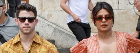Без ліфчика і з чоловіком: Пріянка Чопра на яхті в Парижі