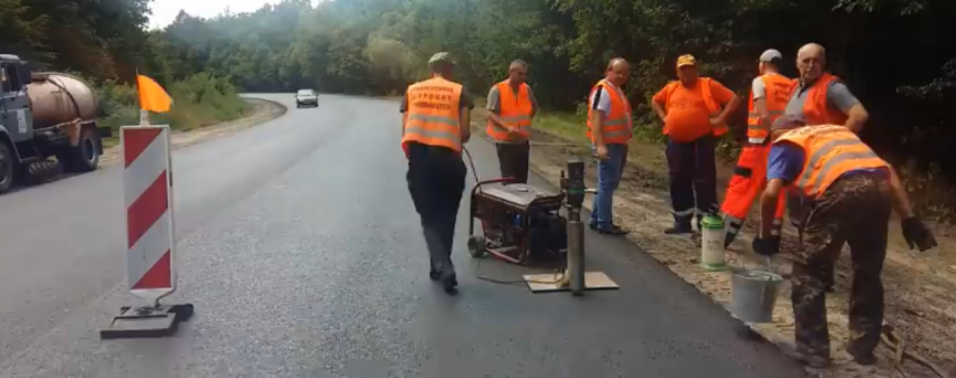 На трасі Житомир-Чернівці зняли на відео тести якості нового асфальту