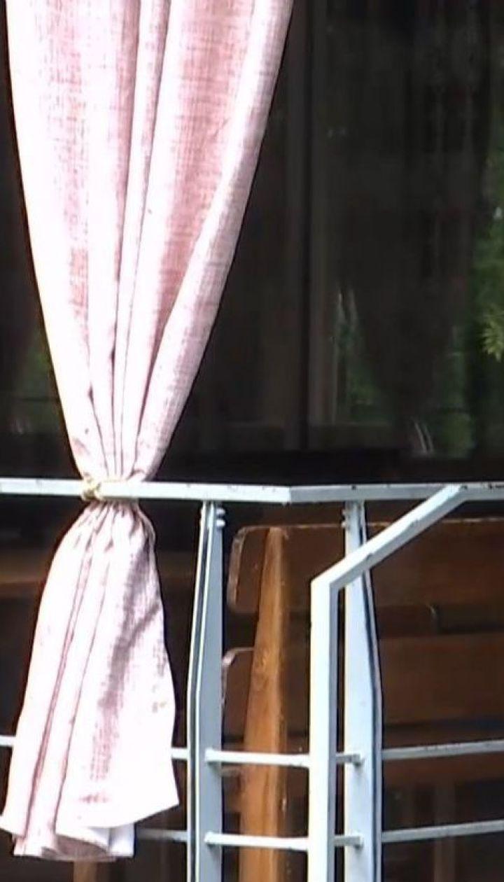 Через масове отруєння людей на весіллі у Львові закрили ресторан