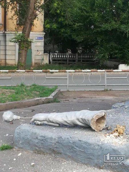 пам'ятник Богдана Хмельницького 2