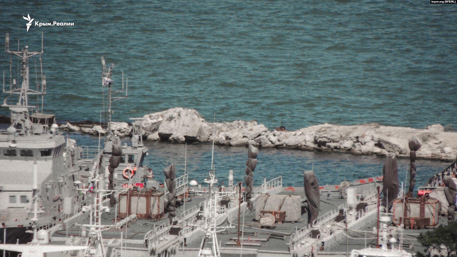 українські військові кораблі, захоплені біля Керчі