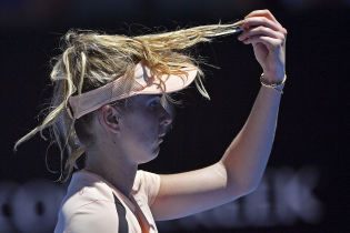 Свитолина вылетела с турнира в Истборне, Цуренко без проблем пробилась в следующий круг