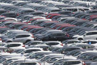 Китай отправил на экспорт первую партию подержанных авто