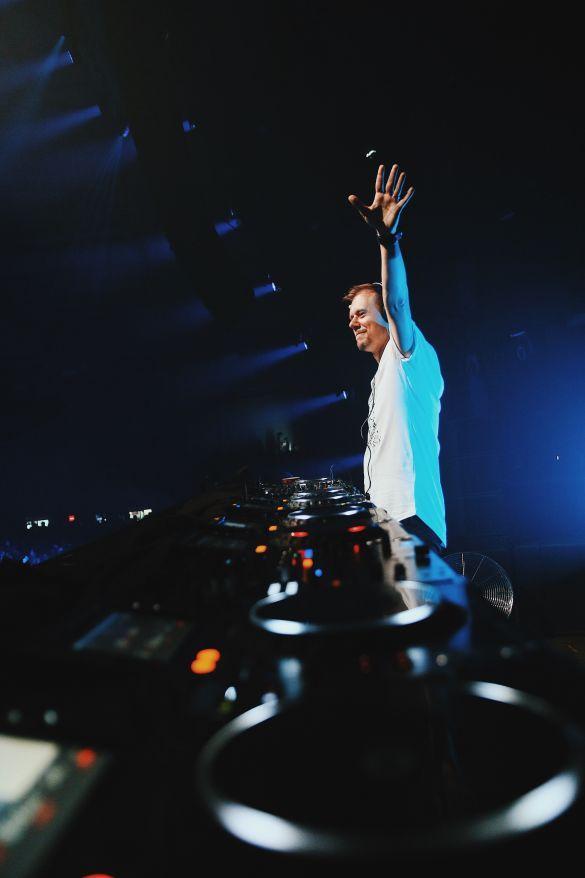 Шоу Armin Van Buuren ASOT 900 в Киеве_8