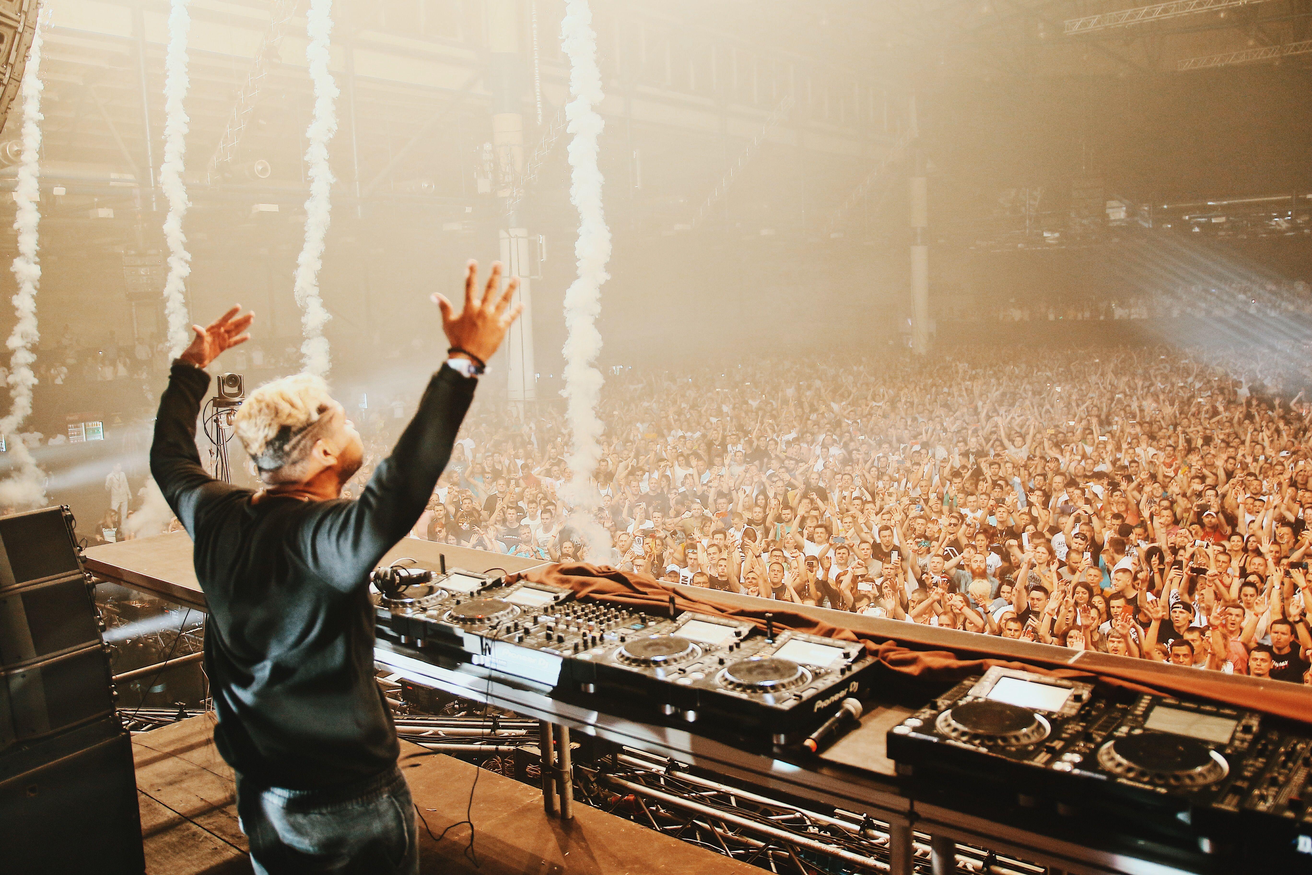 Шоу Armin Van Buuren ASOT 900 в Киеве_5