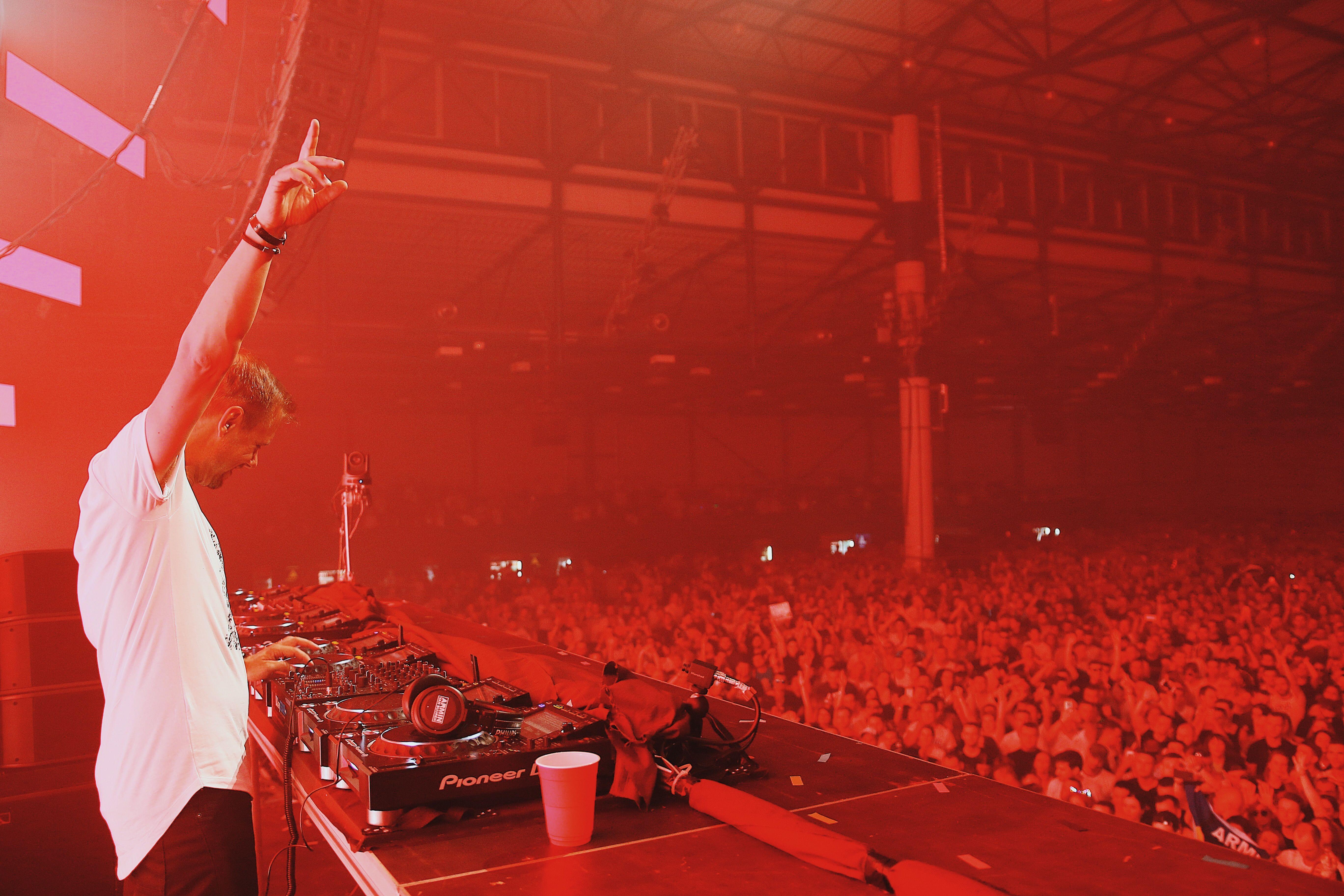 Шоу Armin Van Buuren ASOT 900 в Киеве_15