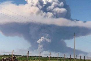 В результате взрывов на военном складе в Казахстане погибли трое человек, около 160 - пострадали