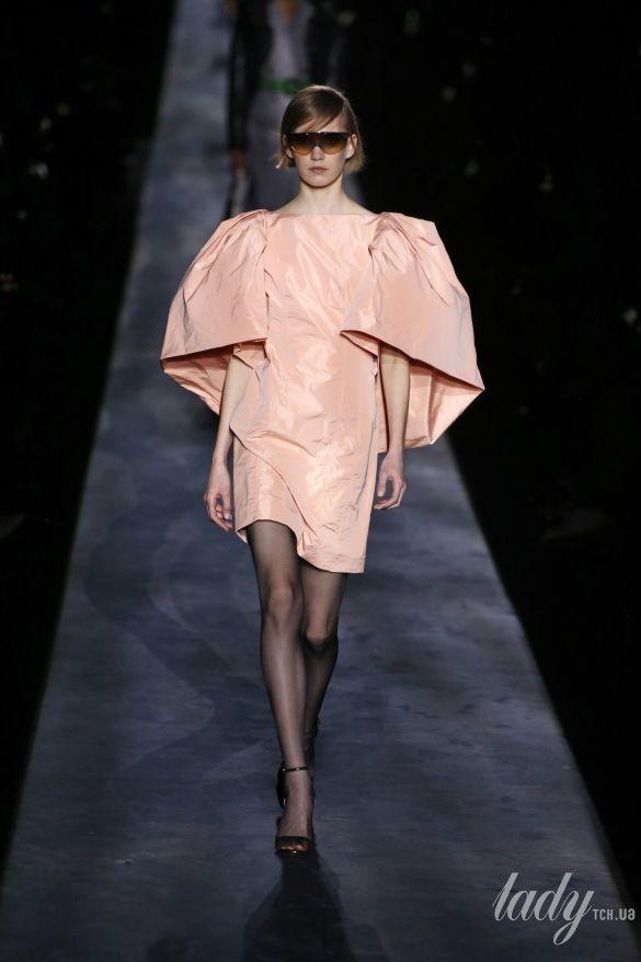 Коллекция Givenchy прет-а-порте сезона осень-зима 2019-2020_17