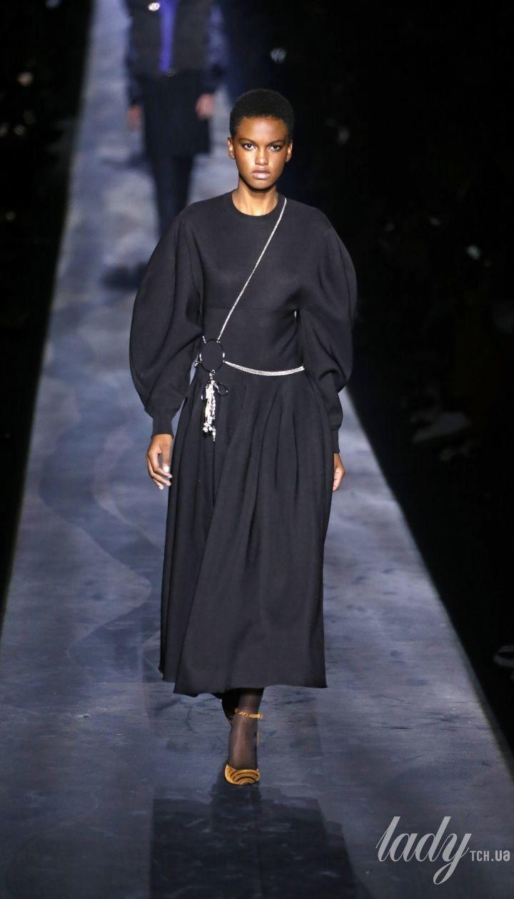 Колекція Givenchy прет-а-порте сезону осінь-зима 2019-2020 @ East News