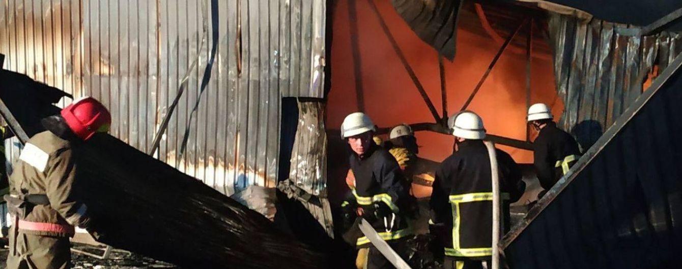 Дышать или не дышать. В Киеве повторно провели замеры воздуха после масштабного пожара
