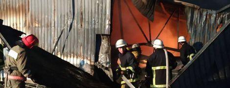 Дихати чи не дихати. У Києві повторно провели заміри повітря після масштабної пожежі