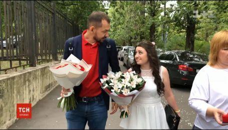 Военнопленный моряк женился на любимой в тюрьме РФ